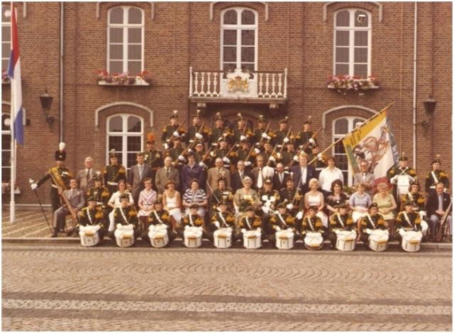 groepsfoto-1977